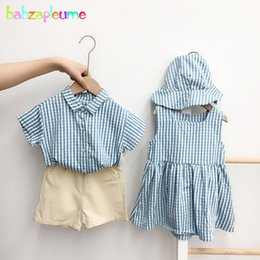 crianças coreanas camisa meninos vestuário t Desconto T-shirt de manga curta bonito Plaid Summer Girl roupa da criança do menino coreano + Shorts bebê Princess Dress For Children Clothing Set 1891