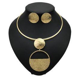 Punk Gold Farbe Geometrische Metall Modeschmuck Sets Für Frauen Chokerhalsketten Ohrringe Set Aussage Zubehör von Fabrikanten