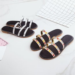 Pantoufles plates en strass en Ligne-Été Rome Dames Simplicité Sandales Mode Fond Plat Strass Chaussures Corde Reliure Anti-Usure Pantoufle Directe 15wl I1