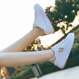 2019 chaussures d'automne coréen Automne 2018 Nouveau Type Baitao Surface En Cuir Étanche Femelle Étudiant Papillon Conseil Chaussure Dentelle Version Coréenne Baitao Petite Chaussure Blanche Femme chaussures d'automne coréen pas cher