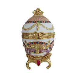 Canada Boîte à bijoux Royal Luxury Egg Imperial Russia Souvenir Boîte à bijoux Vintage Egg Standing Box décoration de la maison Offre