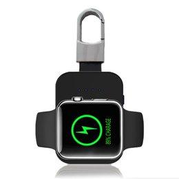 li ион зарядное устройство Скидка QI Беспроводное зарядное устройство Внешний аккумулятор для Apple Watch iWatch 1 2 3 Беспроводное зарядное устройство Power Bank 950MAh Портативный Открытый