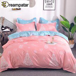 Ropa de cama de impresión activa online-Dreampatar Fashion Christmas Snowflake Active Print Soft Home Bedding Edredón individual Double Large Comfort Bedding Set BY170A