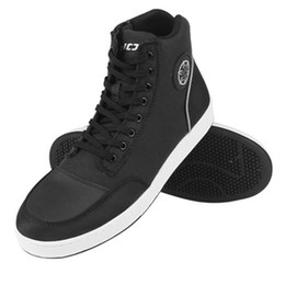 2019 nuovi stivali da moto da uomo nero moda casual scarpe da indossare traspirante anti-skid protezione marcia Botas De Motociclista da stivali mela in tacco fornitori