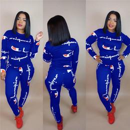 Casual algodão ternos para as mulheres on-line-Mulheres Campeões Carta Agasalho Treino Longo Da Camisa de T Top + Calças Leggings 2 PCS Conjunto de Roupas de Algodão Com Capuz Roupas Sportswear Terno quente