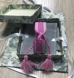 Top Marca caixa de pulseira de tecido Mulheres D Cotton Assinatura Jewelry Letter bordado Handmade BraceletBangle Tassel Lace-up Pulseira com caixa de Fornecedores de encanto de easter snap