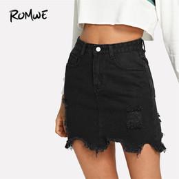 2019 saias de denim para mulheres Romwe Preto Casual Rasgado Dividir Primavera Mid Cintura Reta Curto Denim Saias Mulher Simples Sexy Lápis Saia Q190508 saias de denim para mulheres barato