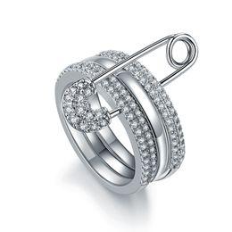 Anelli unici per i disegni delle donne online-Monili delle donne di cristallo di disegno unico Argento anelli di asimmetria di Pin di colore su misura Regalo del partito dei monili zk40