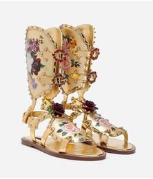 2019 sapatos estampados florais para mulheres Fivela destacável Strap Roma Estilo Floral Impressão Gemstone Praia Sandálias Boêmio Flat Shoes Mulheres desconto sapatos estampados florais para mulheres