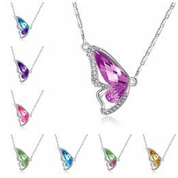 Farfalla di ballo online-Dancing Butterfly Collane con ciondolo in cristallo Regalo di Natale Lady Elegante Collana con cavità a forma di farfalla Collana con danze da ballo per donna TTA728