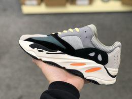 yz 700 B75571 WAVE RUNNER scarpe da ginnastica sneakers da ginnastica sneaker trainer uomo donna moda scarpe kanye west top quality A25 da