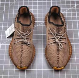 2019 sapatilhas com mola Lançamentos Desert Sábio V2 Designer Shoes corredor da onda TEarth Yeshaya Cinder Kanye West Running Shoes Homens Mulheres Sapatos de desporto