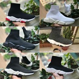 Balenciaga 2019 Nuevos Zapatos de Velocidad para Caminar Barato Trainer Oreo Triple Negro Blanco Rojo Planos Calcetines de moda Diseño de bota Hombres Mujeres Zapatillas de deporte desde fabricantes