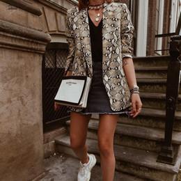 donne in tuta sportiva Sconti Animal Print Blazer 2019 donne cappotto Inghilterra stile di stampa tasche intaglio collare maniche lunghe cappotto femminile Snake Outerwear