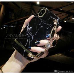 2019 x braccialetti Custodia per cellulare Mytoto Luxury per iphone 7 plus 8 6 6s X XR XS MAX Cute girl donna Marmo Metal Gemstone Bracelet Custodia protettiva in silicone x braccialetti economici