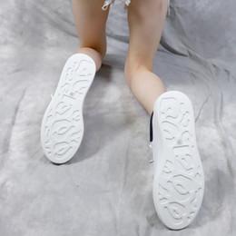 2019 sapatos de couro para homens Vender Hot New Season Designer Shoes Moda Luxo Calçados Femininos Men Leather Lace Up Platform Oversized Sole sapatilhas casuais L2 sapatos de couro para homens barato