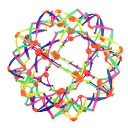 Giocattolo per palla telescopica per adulti divertente per bambini Sfera espandibile Mini palla Giocattolo per bambini Arcobaleno colorato Fiore Magico Palla Forma di fiore Palle da pesca a mano supplier expand ball da ampliare palla fornitori