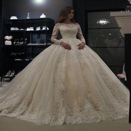2019 sexy bling blanco vestidos de novia de playa Vestido de bola blanco de manga larga vestidos de novia de encaje musulmana árabe de Dubai boda del vestido de novia vestido de DHHLZS033