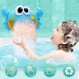 2019 juguetes de baño de navidad Funny Music Crab Bubble Blower Machine Electric Automático Crab Bubble Maker Kids Baño Juguetes Al Aire Libre Juguetes de Baño Regalos de Navidad juguetes de baño de navidad baratos