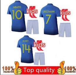 4562c084d47 Crianças kit + meias uniformes 2019 2020 100o aniversário MBAPPE POGBA  GRIEZMANN KANTE criança kit de futebol camisa 2018 Enfant maillot futebol  jerse cheap ...