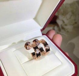 grife de luxo brincos amor série clássica de prata esterlina 925 impressão parafuso brilhante brincos de diamante única rosa ouro, platina e ouro de Fornecedores de brincos de diamantes reais por atacado
