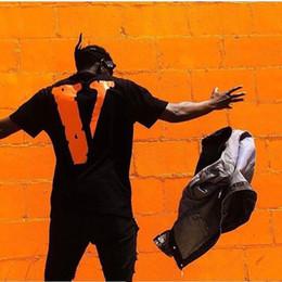 2019 hip hop para la venta Venta caliente Nueva moda 2019 Vlone T shirt Hombres Mujeres Alta calidad 100% Algodón Vestidos Hip Hop Camisetas superiores V Friends Vlone camiseta 1: rebajas hip hop para la venta