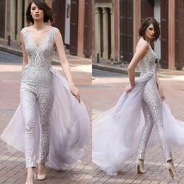macacão azul prateado Desconto 2020 mulheres de prata macacões com trem longo decote em v vestidos de noite até o chão rendas prom dress custom made árabe formal vestidos de festa