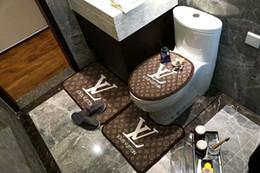 Diseños de aseo online-Aseo tapa de inodoro práctica Escenografía alfombras de baño 3 Piezas Conjuntos Hotel Bathroom antideslizante familia de alfombras de baño Decoración de alfombras