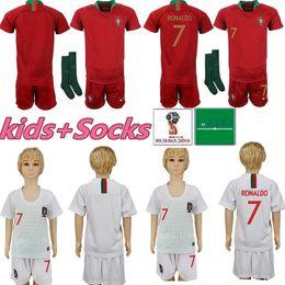 2019 camiseta de fútbol portugal xl Kit para niños Camisetas de fútbol de Portugal 7 RONALDO chico joven Niño 9 EDER 10 J.MARIO 3 PEPE 8 J.MOUTINHO Jersey de casa camiseta de fútbol portugal xl baratos