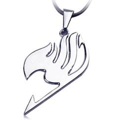 Tatouage de queue en Ligne-Commerce de gros-na536 Fairy Tail collier alliance logo pendentif de tatouage Anime bijoux de mode cordon en cuir pour hommes et femmes en gros