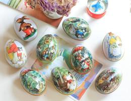 Caja de dulces de huevo de pascua online-Tamaño pequeño de la lata Huevos de Pascua en forma de caja del caramelo de la hojalata Caso del polluelo de Pascua del conejito impresión aleación del partido baratija del metal SN2939 favor