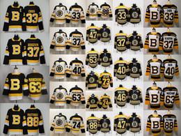 nhl hockey jerseys boston bruins Rabatt Nachrichten Boston Bruins 37 Patrice Bergeron 33 Zdeno Chara 63 Brad Marchand 88 David Pastrňák 40 Tuukka Rask NHL Hockey Jerseys genähtes Shirts
