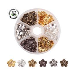 gros talon en gros Promotion Perles en alliage de style tibétain Fleur 5-Pétales Couleur Mixte 10x3mm Trou: 2mm environ 180pcs / boîte
