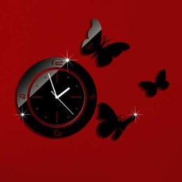 2019 relógio borboleta preto Preto Rodada Com Borboletas Arte Moderna DIY Removível 3D Espelho de Cristal Relógio de Parede Relógio de Parede Sala de estar Quarto Decoração relógio borboleta preto barato