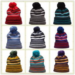 2019 Cotton Esporte Gorros Homens Mulheres Chapéus de Inverno Knit Hat Pom Pom Football Gorros de Fornecedores de aquecedores de pescoço legal