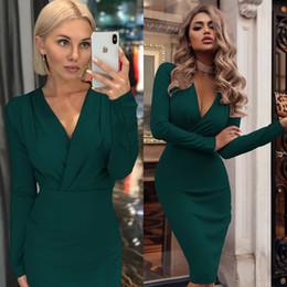 herbst sommer charmante kleider Rabatt Europa und die Vereinigten Staaten neue Herbst Rock beliebten Stil tiefen V-Kragen Tasche Gesäß langärmeliges Kleid Herbst Frauenkleid Herbst