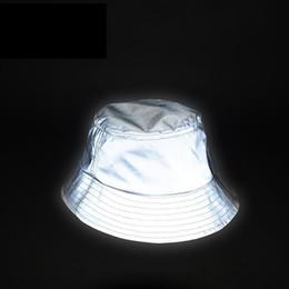 Angeln krawatte online-Mann Frauen Unisex Reflektierende Hut Im Dunkeln leuchten Hip Hop Outdoor Sommer Strand Angeln Sonne Eimer Hut Bob Chapeau Caps Wfgd809 Y19070503