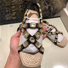 2019 m cordon Coulisses plates pour femmes avec sandales à cordon, cristaux d'été, sandales à cordon de randonnée d'été en cuir métallisé pour femmes m cordon pas cher