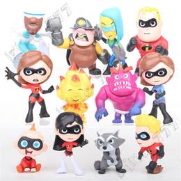 2019 miniatura da collezionare 12 pz / lotto Superman Home Model Cartoon Action Figures Miniature Figurine Bambole da collezione Giocattoli per bambini per i bambini miniatura da collezionare economici