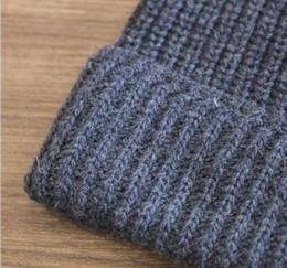 2020 холодный как камень Камень холодная шляпа человек зима теплая шапка мода версия улицы вязание шерстяная шапка кожа открытый прилив шляпа скидка холодный как камень
