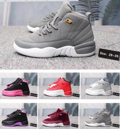 Zapatillas de baloncesto púrpura chicas online-12s diseñador 12 zapatos de baloncesto de las zapatillas de deporte de los niños Nuevos Zapatos Blanco Azul Rojo Gris negro púrpura de lujo para niños muchachas de los muchachos