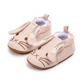 Мультфильм обувь продажа онлайн-Kids Hot Sale Spring Summer Newborn Toddler Shoes Cute Cartoon Pattern Baby Boy Shoes Cotton Comfort Baby Girl The First Walker