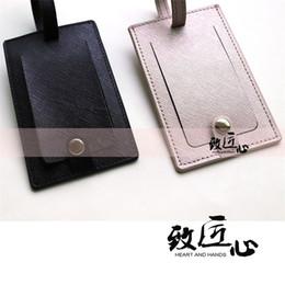 DOKDO Popular Saffiano maleta de cuero Bolsa de viaje Etiquetas Titular Nombre Caja de tarjeta Accesorios de viaje Etiquetas de embarque Etiqueta portátil Etiqueta de equipaje desde fabricantes