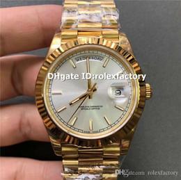 Gelbgold saphir armbänder online-EW New Luxury 22-82-38 Uhr Swiss 3255 Automatic 28800bph Saphirglas Gelbgold Gehäuse Weiß / Schwarz Zifferblatt Stahlband Herrenuhr