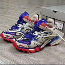 shoe designer Triple S 2.0 Sneakers pattini casuali delle donne degli uomini di lusso del pattino TRACK.2 FORMATORI Uomini Sneakers des chaussures Men Casual ShoeC01 da