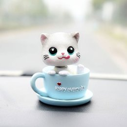 Niedliche kätzchenzubehör online-Auto-Dekoration Auto-Zubehör kreative nette Kopf schütteln Kitten Möbel High-End Dekorative Supplies Schöne Modellierung