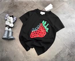 2019 nouveaux t-shirts pour les hommes 2019ss nouvelle mode italienne marque design fraise imprimer T-shirt hommes et femmes mode rue vent coupe-vent en plein air T-shirt nouveaux t-shirts pour les hommes pas cher