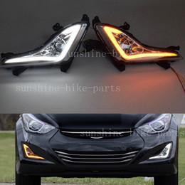 luzes led elantra hyundai Desconto 2 PCS Para Hyundai Elantra 2014-2016 CARRO Luz de Circulação Diurna LEVOU DRL Fog Light Cover branco + conjunto de amarelo