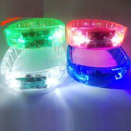 Звуковой активированный браслет онлайн-Музыка Активированный Звук управления Светодиодный проблесковый браслет Light Up браслет Wristband Club Party Bar Cheer Световая рука кольцо L437