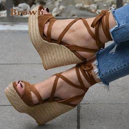Neue Pantoffeln weibliche Pantoffeln Keile Plattform Aufzug rutschfeste paill SX